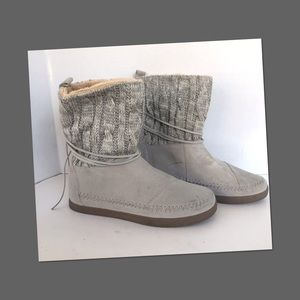 TOMS ONE FOR ONE WOMEN's BOOTS
